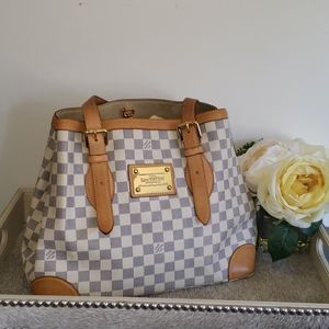 *Authentic Louis Vuitton Hampstead  MM White Azur*